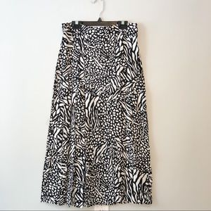 H&M Patterned Black and White Mid Length Skirt - 6